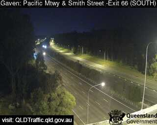Webcam at Pacific Motorway and Smith Street Interchange Gaven