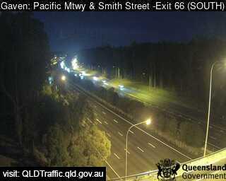 Pacific Motorway & Smith Street – Exit 66